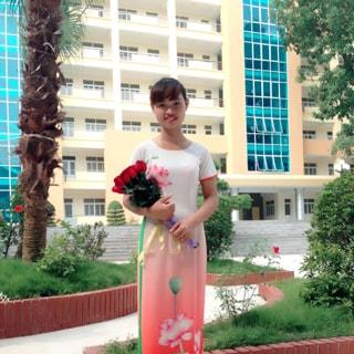 Chị Quỳnh Phương